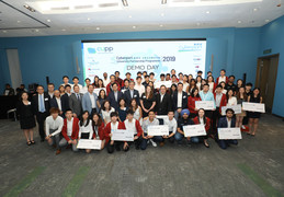 Three winning teams from HKU awarded seed funding under the Cyberport University Partnership Programme (CUPP) to make their entrepreneurial dreams come true